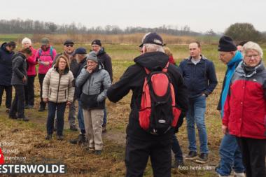 Verslag van Ooldrik Modderman van het ommetje door de bossen/velden en velden Driestromenland rondom Wedde