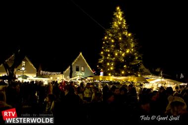 Sfeervolle kerstmarkt Bourtange met heel veel bezoekers