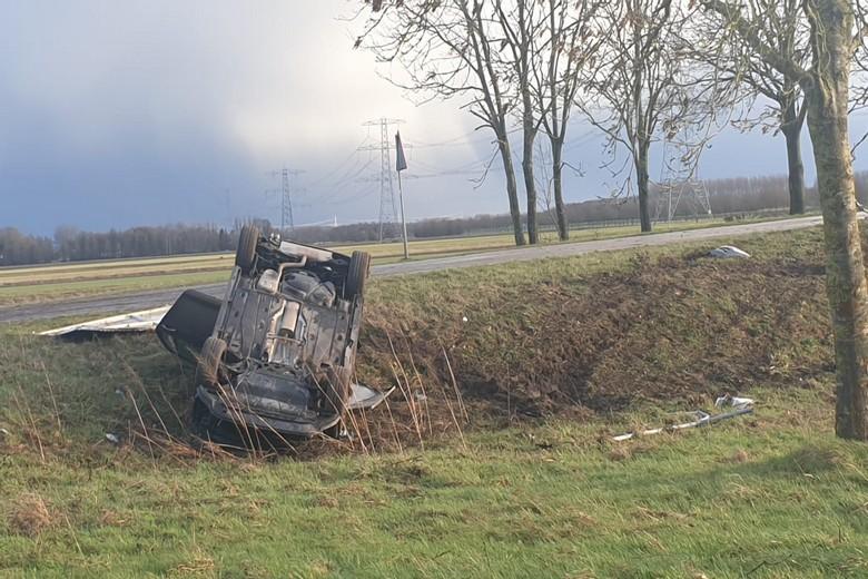 Inzittenden ongedeerd bij ongeval Musselkanaal -.