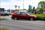 004_Automobilist-moet-uitwijken-bij-rotonde-10-05-19