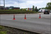 006_Automobilist-moet-uitwijken-bij-rotonde-10-05-19