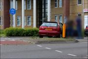 007_Automobilist-moet-uitwijken-bij-rotonde-10-05-19