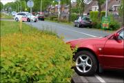 010_Automobilist-moet-uitwijken-bij-rotonde-10-05-19