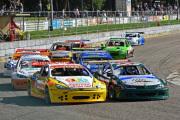 Bij-de-National-Hotrods-gaan-Reimon-Bos-Johan-Sanders-en-Mark-Teuben-strijden-om-de-Nederlandse-titel-ovalracing