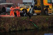 012_Auto-rolt-het-water-in-Drouwenerstraat-03-01-20