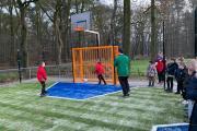 aftrap-met-FC-Emmen-jeugdspeler-en-nieuwe-directeur-pannankooi-H-Gerardusschool-Ter-Apel