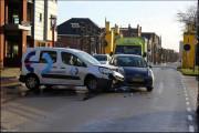 004_Ongeval-letsel-Handelsstraat-twee-autos-13-01-21