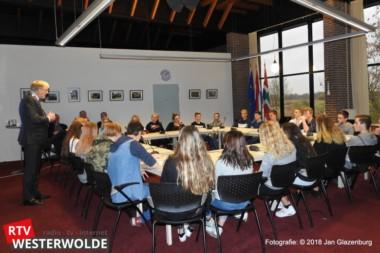 Leerlingen Dollard College in gesprek met burgemeester en raadsleden