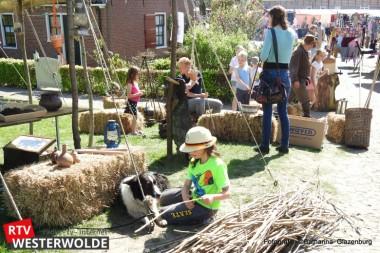 Bezoekers genieten van gezellige Voorjaarsmarkt Bourtange