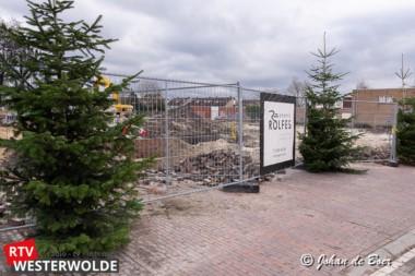 Kerstbomen vrolijken centrum Musselkanaal op