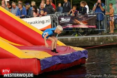 Waterspektakel met optreden van Thijs Pot in jachthaven van Parc Emslandermeer