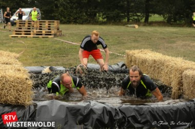 Veel vermaak bij Flexiplus Obstacle Mudrun